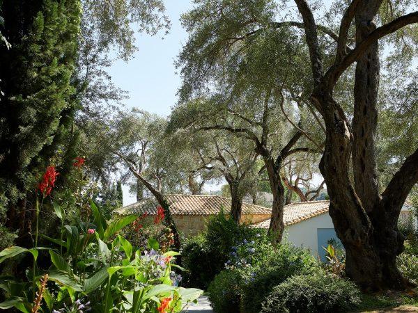 4.-Gardens-Copy.jpg